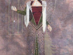 Medieval Christmas Angel by Lynne Nicoletti Cross Stitch Pattern