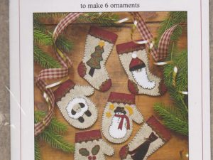 Christmas Woolens - Christmas Ornaments Kit