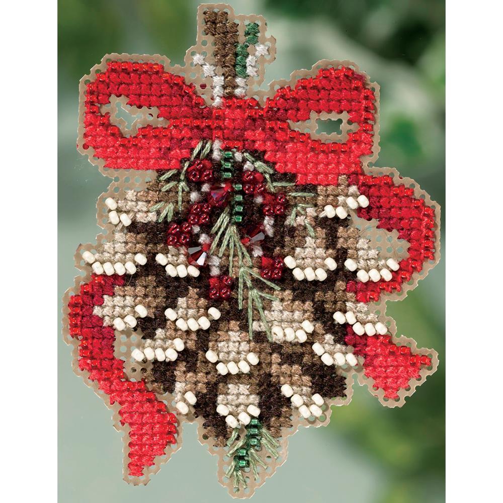 Pinecone Mill Hill Cross Stitch Kit