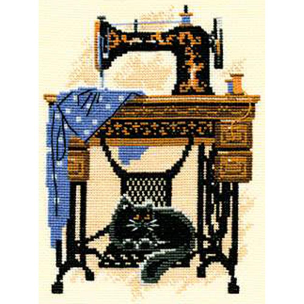 Sewing Machine Cat Cross Stitch Kit by RIOLIS 857