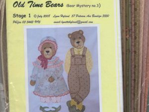 Orlando & Olivia Kit - Old Time Bears Quilt Block by Lynn Hyland