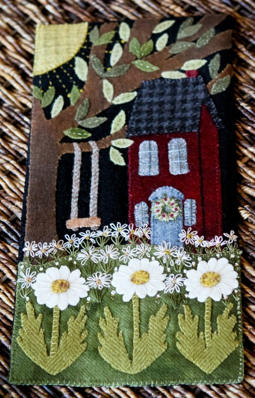 House on Daisy Hill  Pattern by Woolkeeper