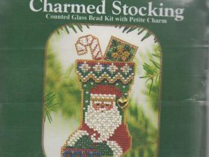 Charmed Stockings - St Nick Mill Hill Ornament Kit QMCS43