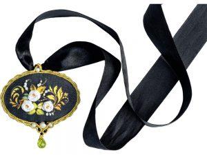 White Rose Pendant Cross Stitch Kit by Riolis R1708AC
